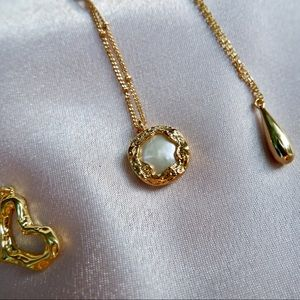 Baroque Fresh Water Pearl Gold Necklace